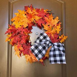 NWOT Farmhouse Style Fall Wreath